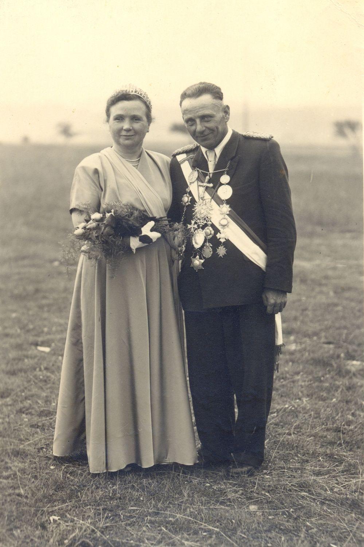 1955 Schützenköng Josef Scholle mit Maria Menke